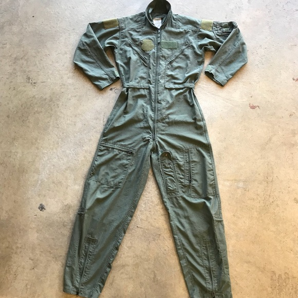 1a6a3c55867 Vintage Air Force Military Flight Suit Jumpsuit 42.  M 5baa37774ab633c99bbfecfd